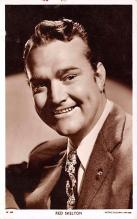 act019201 - Red Skelton Movie Star Actor Actress Film Star Postcard, Old Vintage Antique Post Card