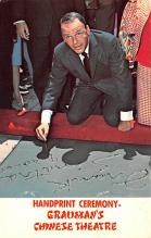 act019235 - Handprint Ceremony, Grauman's Chinese Theatre, Frank Sinatra Movie Star Actor Actress Film Star Postcard, Old Vintage Antique Post Card