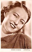 act019245 - Barbara Stanwyck Movie Star Actor Actress Film Star Postcard, Old Vintage Antique Post Card