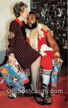 act020263 - Mr T in Santa Suit Nancy Reagon Movie Actor / Actress, Entertainment Postcard Post Card