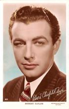 act020552 - Robert Taylor Movie Star Actor Actress Film Star Postcard, Old Vintage Antique Post Card