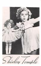 act020586 - Shirley Temple Movie Star Actor Actress Film Star Postcard, Old Vintage Antique Post Card