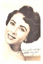 act020605 - Elizabeth Taylor Movie Star Actor Actress Film Star Postcard, Old Vintage Antique Post Card