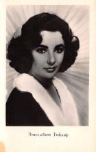 act020611 - Elizabeth Taylor Movie Star Actor Actress Film Star Postcard, Old Vintage Antique Post Card