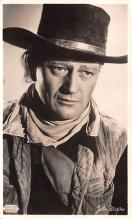 act023172 - John Wayne Movie Star Actor Actress Film Star Postcard, Old Vintage Antique Post Card