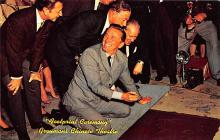 act027110 - Footprint Ceremony, Grauman's Chinese Theatre Movie Star Actor Actress Film Star Postcard, Old Vintage Antique Post Card
