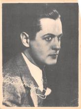 act027197 - Robert Montgomery Movie Star Actor Actress Film Star Postcard, Old Vintage Antique Post Card