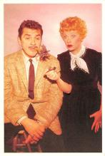 act027206 - Lucille Ball, Desi Arnaz Show Movie Star Actor Actress Film Star Postcard, Old Vintage Antique Post Card