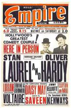 act520155 - Laurel and Hardy Movie Poster Postcard