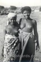 afr001308 - Un Coine De Madagascar African Nude, Nudes, Postcard Post Card
