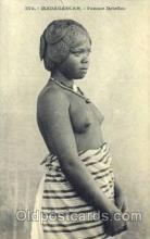 afr001472 - Madagascar African Nude Post Card Post Card