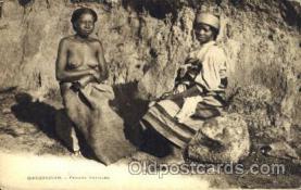 afr001522 - Madagascar - Femmes Betsileo African Nude Post Card Post Card
