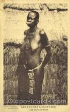 afr001573 - Les Femmes a Plateaux African Nude Post Card Post Card