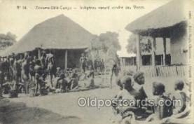 afr001631 - Indigenes venant vendre des vivres African Nude Nudes, Old Vintage Postcard Post Card