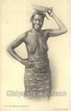 afr001682 - Marchande de Galettes African Nude Nudes Postcard Post Card