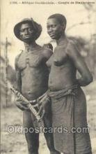 afr001816 - Couple de Mankaignes African Nude Nudes Postcard Post Card