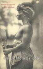 afr001849 - Femme Gambari African Nude Nudes Postcard Post Card