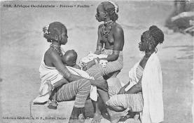 afr002348 - African Nude Postcard