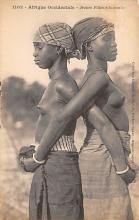 afr002378 - African Nude Postcard