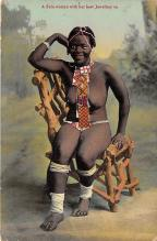 afr002410 - African Nude Postcard