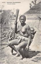 afr002415 - Femme Cerere African Nude Postcard