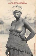afr002435 - Femme Soussou African Nude Postcard