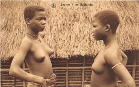 afr002486 - African Nude Postcard
