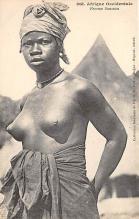 afr002497 - Femme Soussou African Nude Postcard