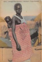 afr002501 - African Nude Postcard