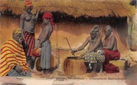 afr002503 - African Nude Postcard