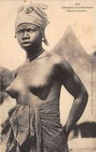 afr002506 - African Nude Postcard