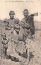 afr002507 - African Nude Postcard