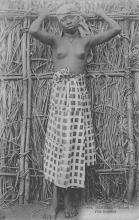 afr002523 - African Nude Postcard