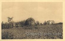 afr100121 - Ruanda African Life Postcard Post Card
