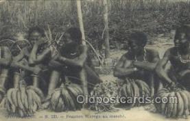 afr100389 - Congo Belge African Life Postcard Post Card