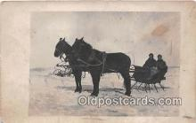 and000131 - Horse Carriage  Postcard Post Card