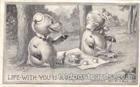 ani001112 - duck picnic Animal Postcard Post Card