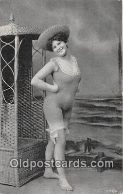 bea001314 - Beach Scene, Bathing Beauty, Vintage Collectable Postcards
