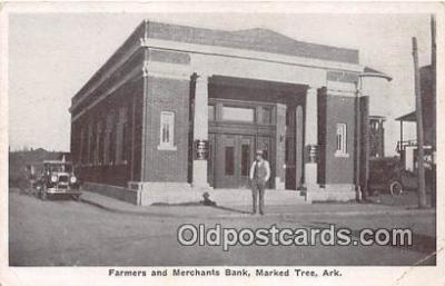 bnk001083 - Farmers & Merchants Bank Marked Tree, Arkansas, USA Postcard Post Card