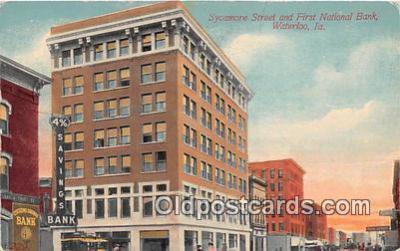 bnk001259 - Sycamore Street, First National Bank Waterloo, Iowa, USA Postcard Post Card