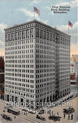 bnk001533 - First National Bank Building Milwaukee, Wis, USA Postcard Post Card