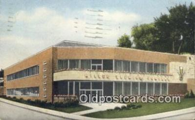 bre001249 - Administration Building, Miller Brewing Co Milwaukee, Wis, USA Postcard Post Cards Old Vintage Antique