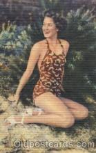 bea001031 - Bathing Beauty, Postcard Post Card