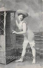 bea001313 - Beach Scene, Bathing Beauty, Vintage Collectable Postcards