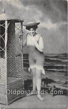 bea001315 - Beach Scene, Bathing Beauty, Vintage Collectable Postcards
