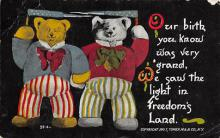 bev006122 - Bears Postcard Old Vintage Antique Post Card