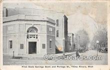 bnk001368 - First State Savings Bank & Portage St Three Rivers, Mich, USA Postcard Post Card