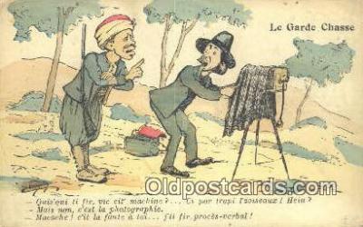 cam001355 - Le Garde Chasse Camera Postcard, Post Card Old Vintage Antique