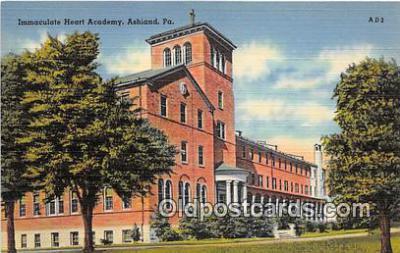 cau001094 - College Vintage Postcard