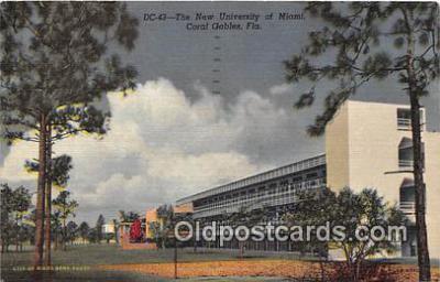 cau001096 - College Vintage Postcard